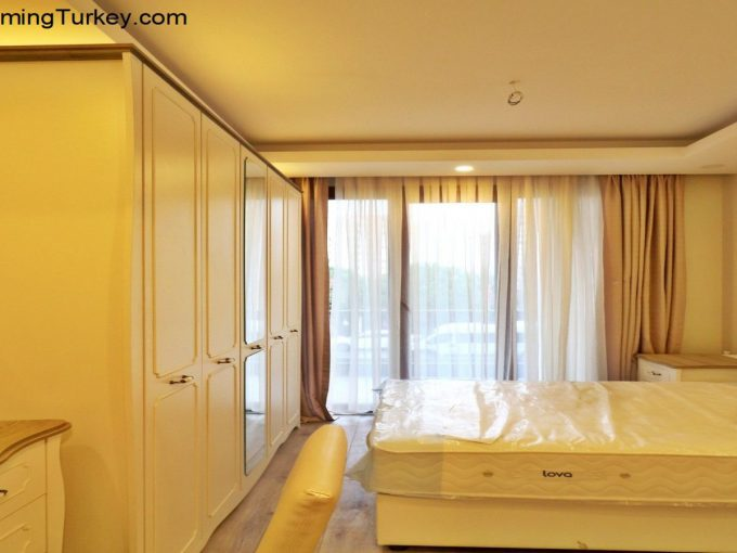 Apartment Close to Metrobus in Istanbul Bedroom