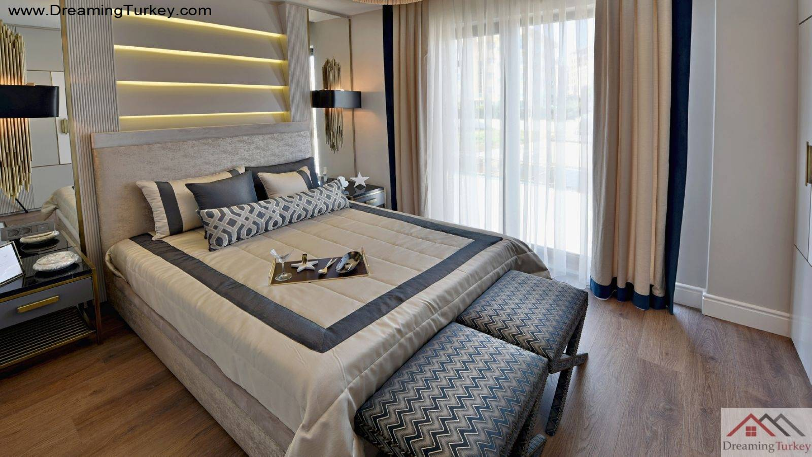 2-Bedroom Apartment Near the Beach in Istanbul