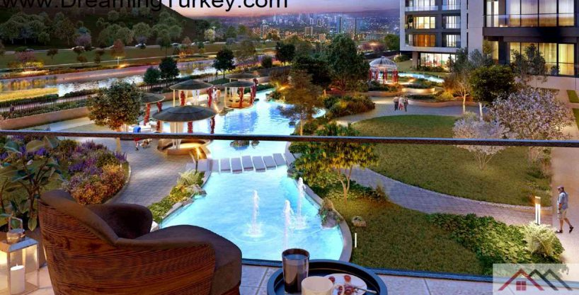Luxury Complex with an Artificial Lake in Istanbul 1+1
