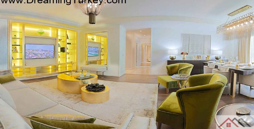 Luxury Complex with an Artificial Lake in Istanbul 4+1
