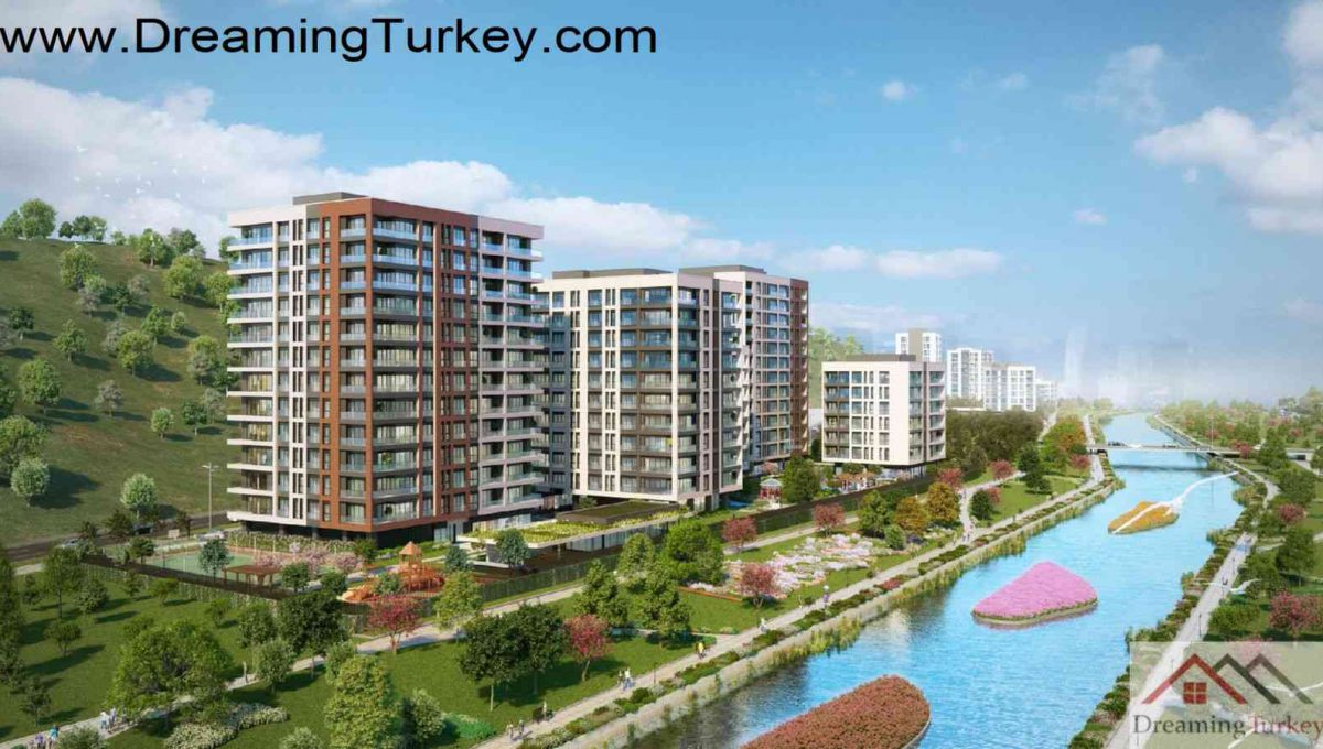 Luxury Complex with an Artificial Lake in Istanbul