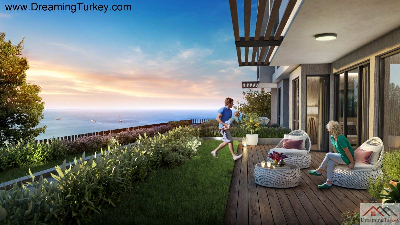 4-Bedroom Duplex with a Yard in a Complex Close to the Sea in Istanbul