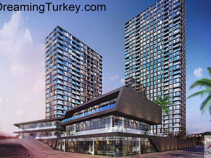 Apartment in a Smart Complex Next to the Highway in Istanbul 4+1