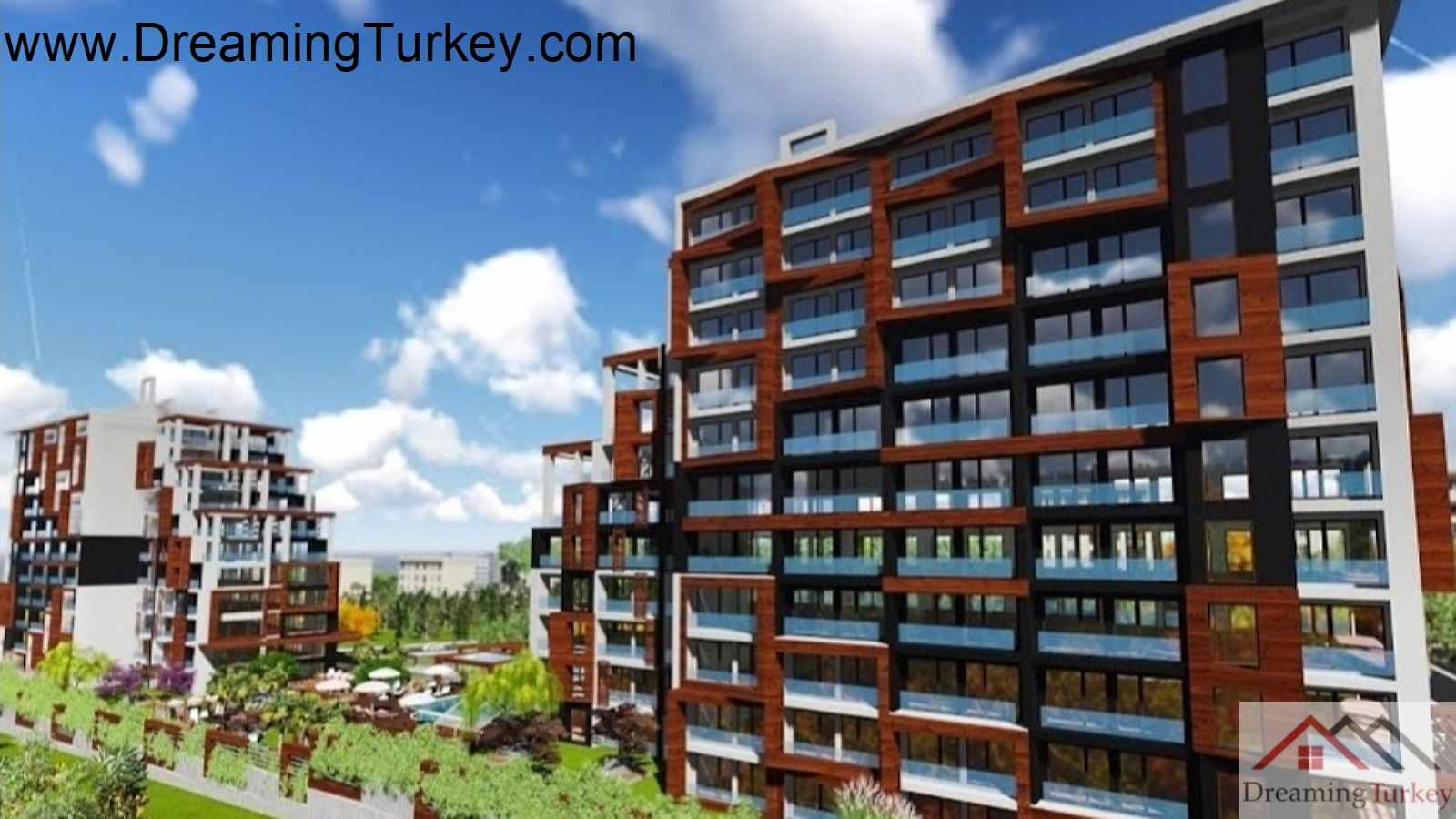 4-Bedroom Apartment in a Modern Complex Near the Metrobus
