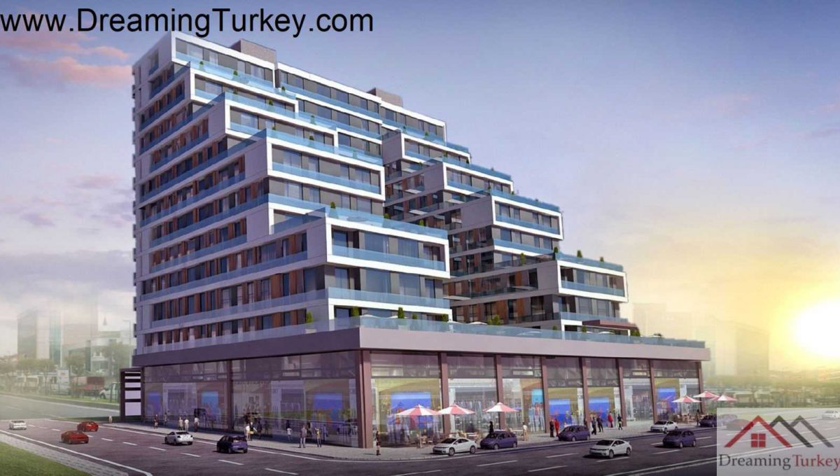 Apartment with a Sea View Next to the Metrobus in Istanbul 1